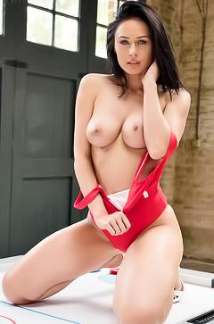 Claire Richards  nackt