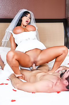 Porn with dirty wife August Taylor